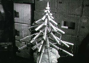 Karácsonyfa konzervekből